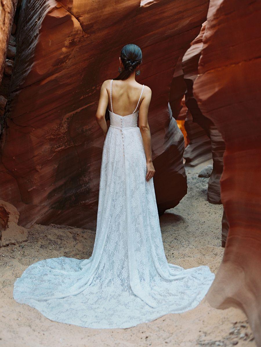 F182-Clara - Wilderly Bride