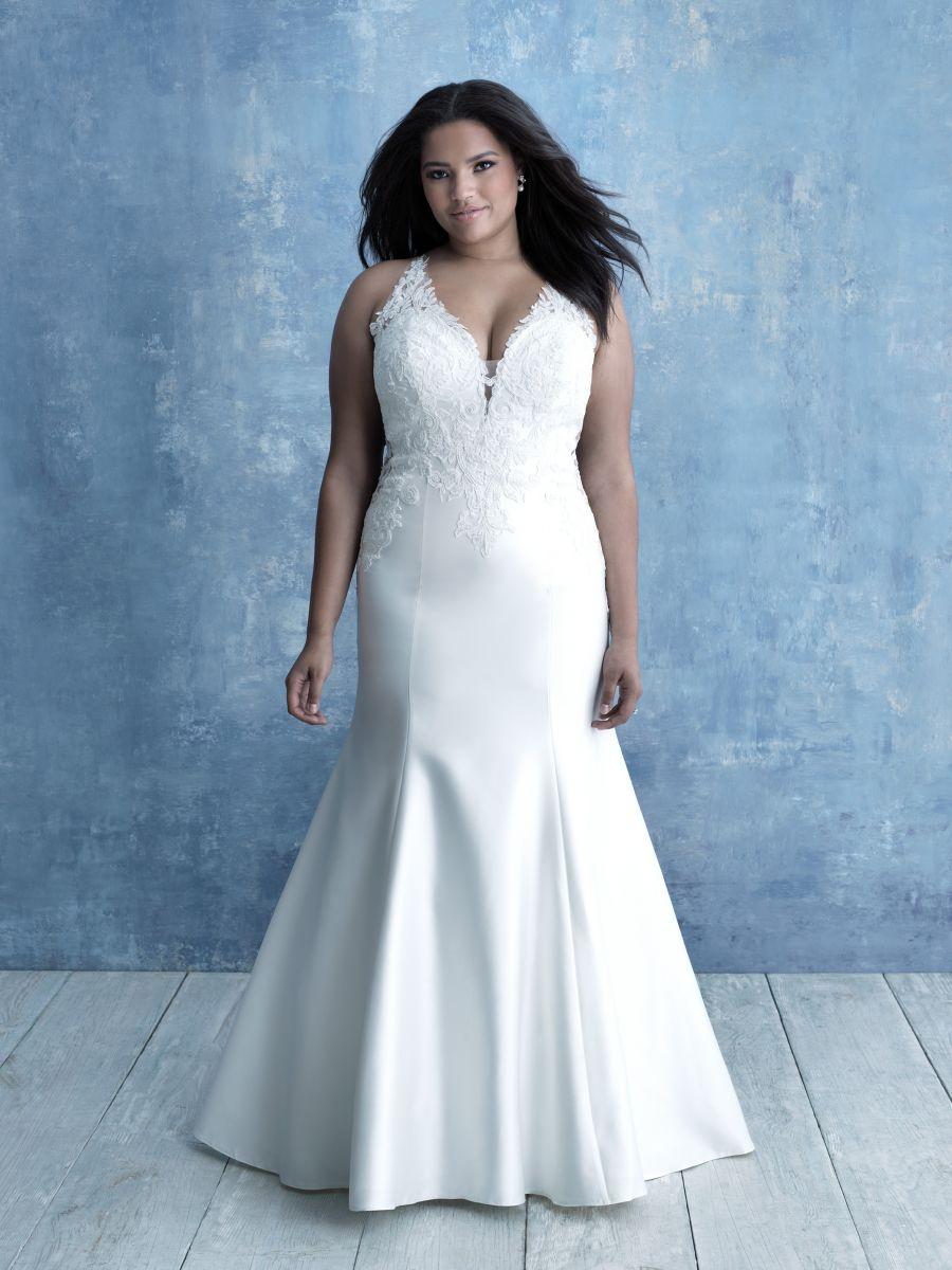 W463 Allure Bridals Woman Plus Size